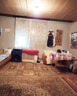 Füzesabonyban 2 szobás, tornácos ház ELADÓ.