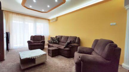 Mezőkövesden 3 szobás teljesen felújított lakás ELADÓ.