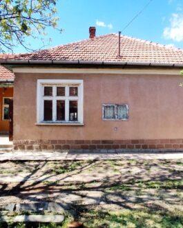 Mezőkövesden 3 szobás kocka típusú családi ház ELADÓ. Mezőkövesd, Borsod-Abaúj-Zemplén megye