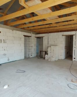 Mezőkövesden 3 szobás+ nagy nappalis újszerű családi ház ELADÓ.