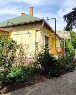 Mezőkövesden 4 szobás kocka típusú családi ház ELADÓ.