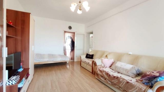Eladó Egerben a Mátyás király úton egy 2 szobás, jó állapotú lakás.