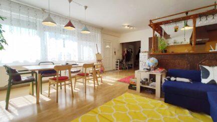 Mezőkövesden 3 szobás+ nagynappalis jó állapotú családiház ELADÓ.