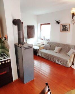 ELADÓ Mezőkövesd Zsóry fürdő üdülőterületén jó állapotú, téliesített 4 szobás+ nappalis nyaraló ház.